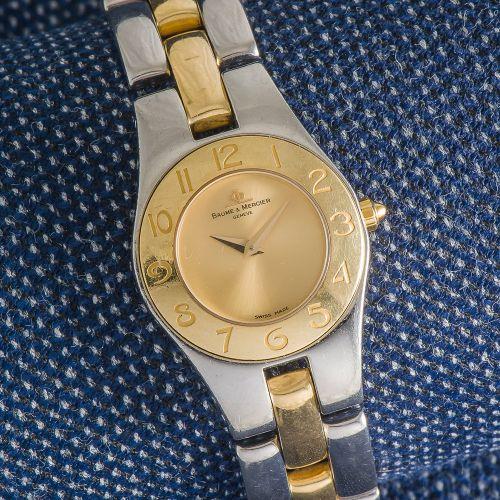 BAUME & MERCIER Bracelet montre de dame modèle Linéa en or jaune 18 carats (750 …