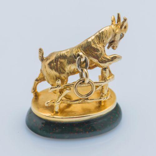 Cachet pendentif Cachet pendentif en or jaune 18 carats (750 ‰) figurant une chè…