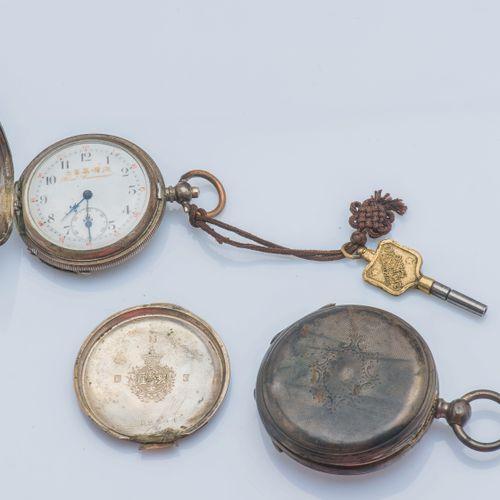 BOREL COURVOISIER, vers 1860 Montre de poche en argent (925 ‰) le fond et le cac…