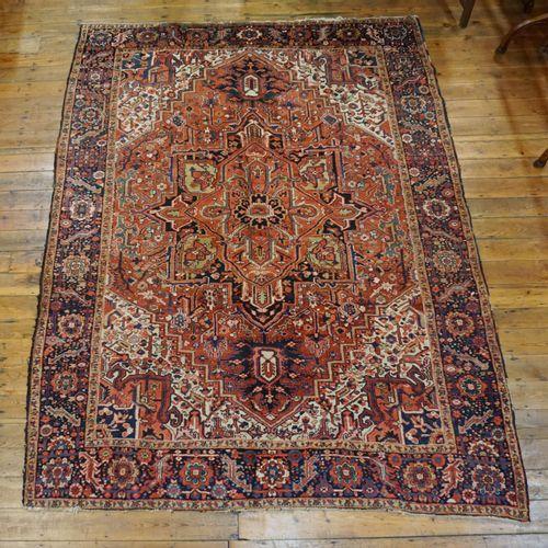Carpet Heriz. 310x235 cm