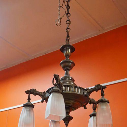 Brass 5 branch chandelier. H : 100 cm Ø : 55 cm