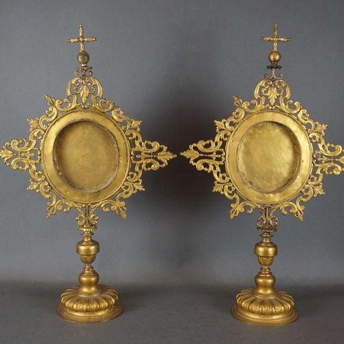 Pair of brass reliquaries. 18th century. H : 61 cm l : 38 cm