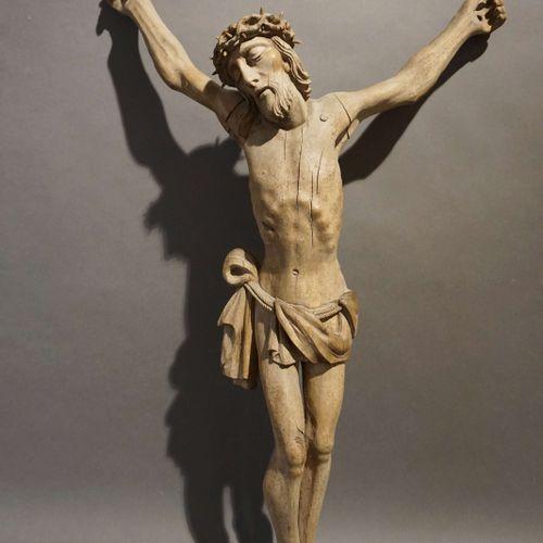 Carved wooden Christ. 18th century. H : 78 cm W : 45 cm