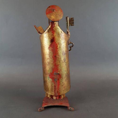 Saint Peter in metal. H : 37 cm