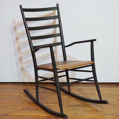 斯堪的纳维亚摇椅