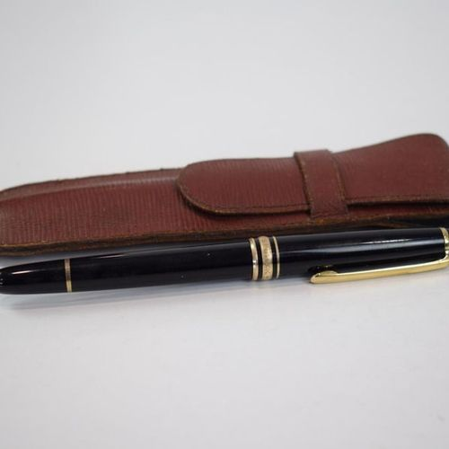 MONTBLANC A fountain pen