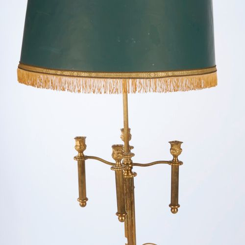 A bronze lamp H: 75