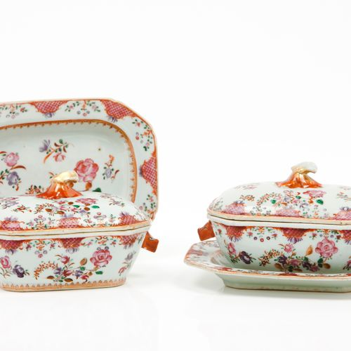 """Part of a dinner set Chinese export porcelain  Polychrome floral """"Famille Rose"""" …"""