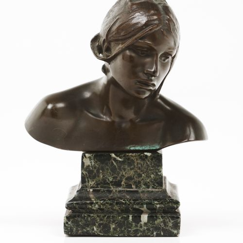 António Teixeira Lopes (1866 1942) A female bust Patinated bronze sculpture  Mar…