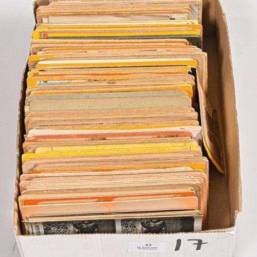 Vues stéréoscopiques sur cartons, XIXe XXe Boite d'environ 200 vues 9 x 18 cm d'…