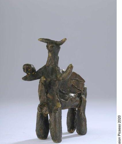 Pablo Picasso (1881 1973) Centaure ailé au hibou, 1950 Épreuve en bronze à patin…
