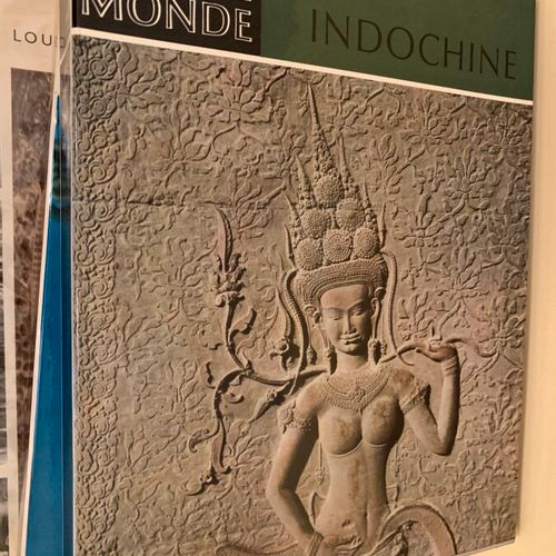 Important collection of art books and documentations on Tibet, Japan, Nepal, Ind…