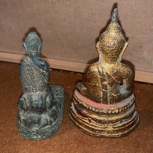 Two Buddha and a totem pole in bronze and gilt bronze.  Thailand and Nepal (?), …