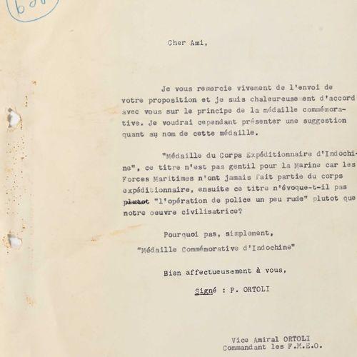France Correspondance sur le projet de médaille commémorative d'Indochine à Saig…