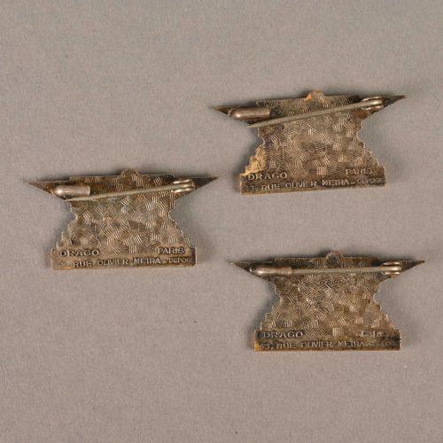 France Lot de trois insignes Vulcain  En métal et émail, fabrication Drago Paris…