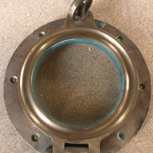 Hublot circulaire en laiton et verre  D. 23 cm