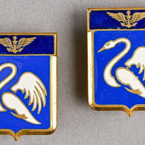 France Lot de deux insignes de la Flotille 9F  Fabrication Courtois Paris, en mé…