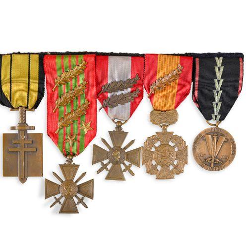 France Portée de décorations de l'Amiral Ortoli  Portée de décorations de taille…