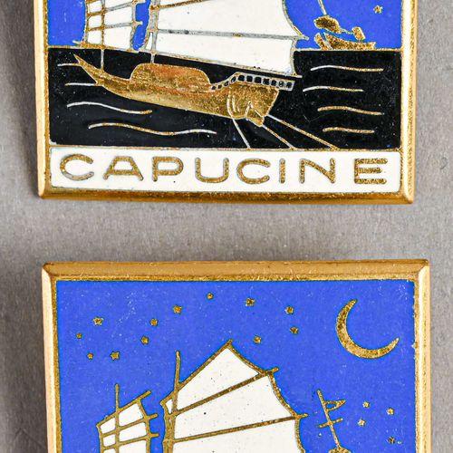 France Lot de deux insignes du Navire Capucine  En métal et émail, fabrication A…