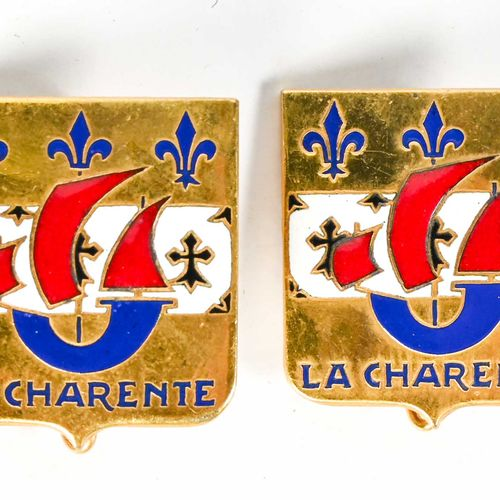 """France Lot de deux insignes """"La Charante""""  En métal et émail, Drago Paris Nice"""