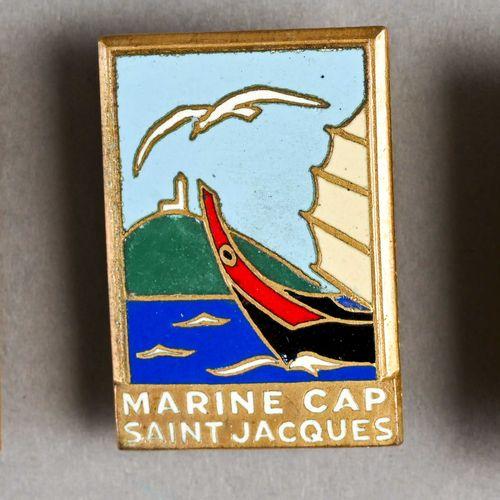 France Lot de trois insignes (marine, cap st Jacques)  Deux sans noms de fabrica…
