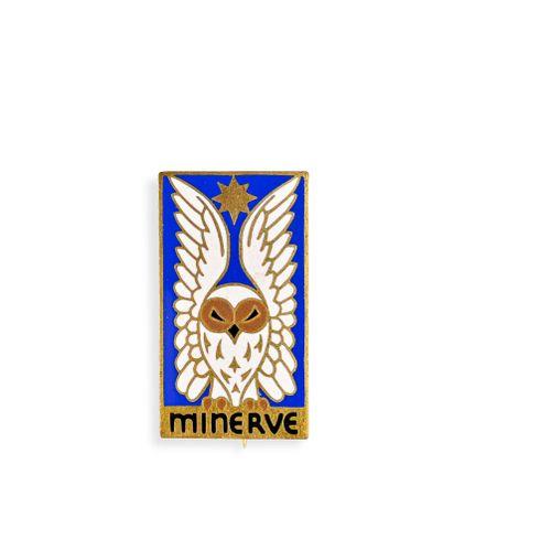 France Insigne du sous marin La Minerve  En métal et émail, fabrication Londres,…