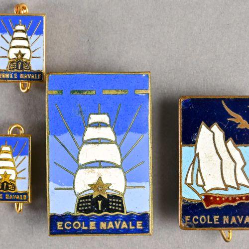 France Lot d'insignes Ecole Navale  Fabrication milieu du XXème siècle, différen…