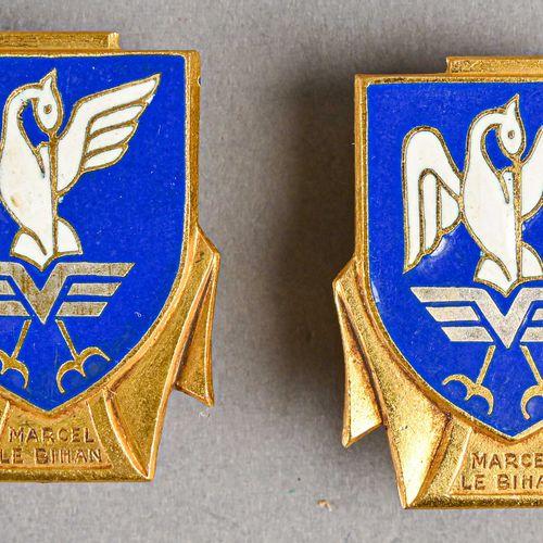 France Lot de deux insignes marine Marcel de Bihan  Fabrication Arthus Bertrand …