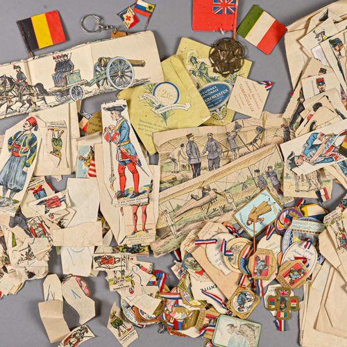 France Fort lot de journées du poilus de la première guerre mondiale  En carton …