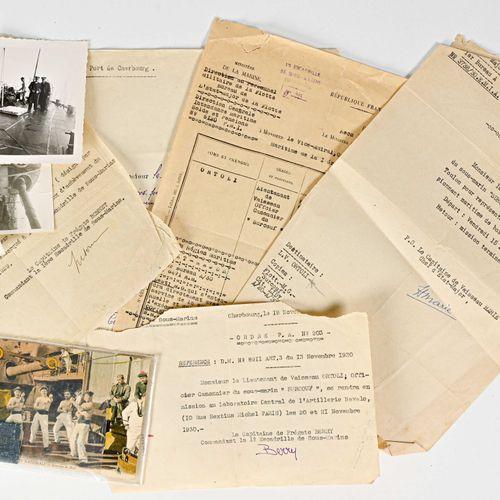 FRANCE Lot d'ordres de mission et divers Au lieutenant de vaisseau Ortoli pour …