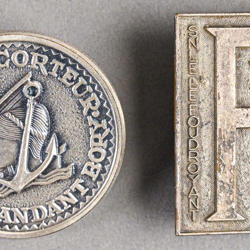 France Lot de deux insignes Marine  Sous marin Le Foudroyant (Arthus Bertrand Pa…