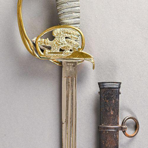 Prusse Sabre modèle 1898  Fabrication fantaisie par WKC, monture bronze, poignée…