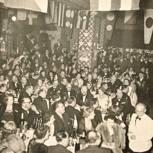 """France Album photo """" La nuit des FNFL""""  Daté 1955, serie de photos reportage sur…"""