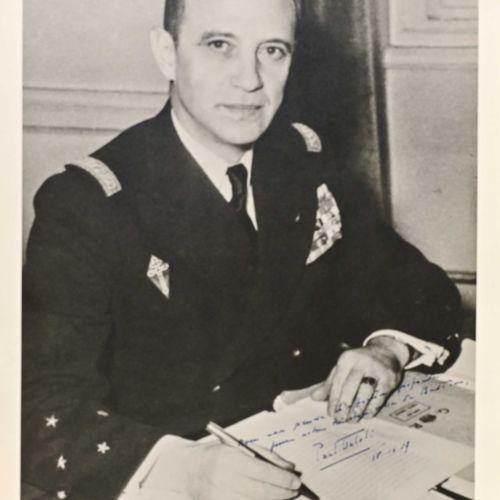 France Photographie dédicacée de l'amiral Ortoli au Corse  En grande tenue d'ami…