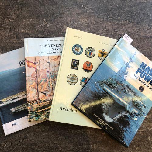 France Lot de livres modernes sur la marine de guerre  Nous joignons un livre su…