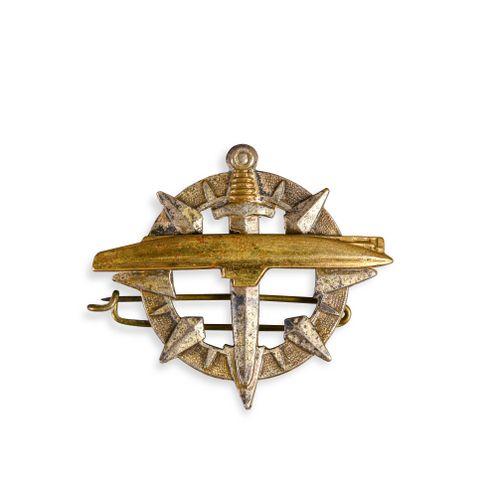 France Brevet de sous marinier modèle 1946 ayant appartenu à l'amiral Ortoli  En…
