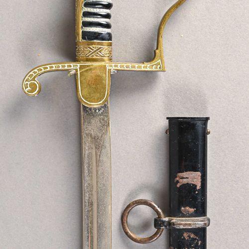 Allemagne Sabre d'officier d'infanterie  Monture bronze une branche, clavier déc…