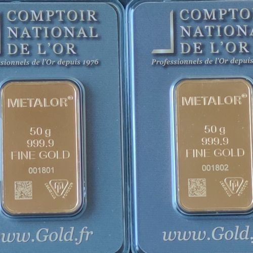 Two yellow gold LINGOTINS of 50 grams each under plastic of the Comptoir nationa…