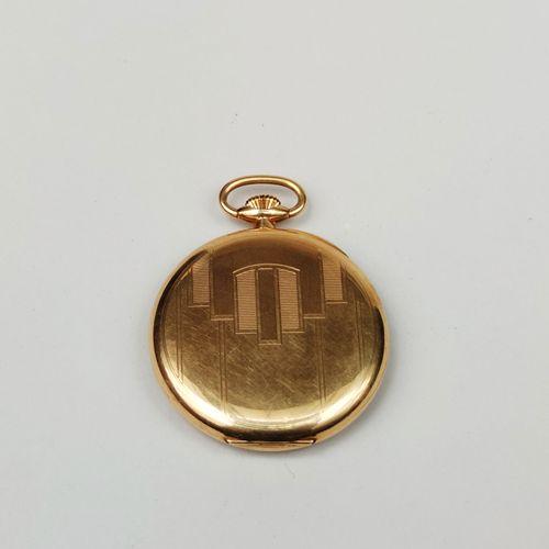 MONTRE de poche, le boitier et le cache poussière en or jaune 750°/°°, mouvement…