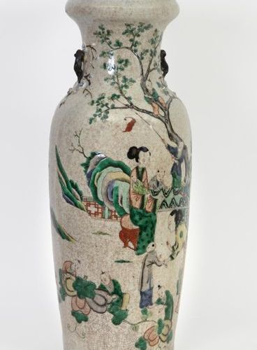 China, 19th century Baluster vase in cracked Nanjing porcelain decorated with en…