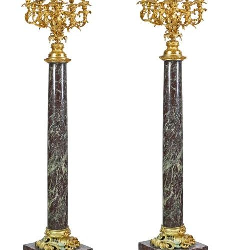 An important pair of Napoleon III style torchieres in shell marble from Bilbao (…