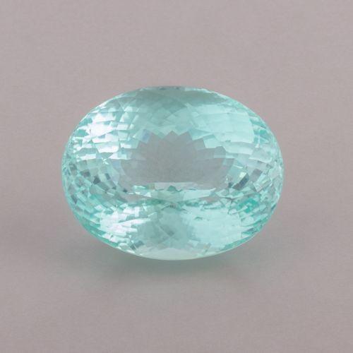 Tourmaline paraiba ovale brillant modifié de 74,28 ct. D'un bleu tirant légèreme…