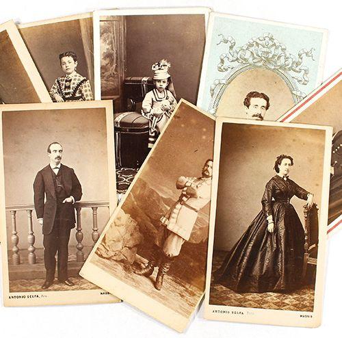 S. XIX . PHOTOGRAPHIE : ALBUM PHOTO ET COLLECTION DE PORTRAITS DE POMPEII Album …