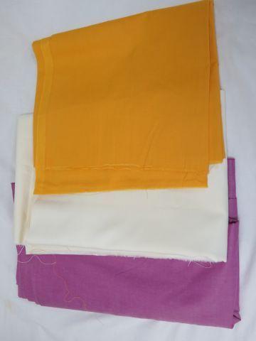 Lot de 3 coupons de tissu. De 100 à 200 cm