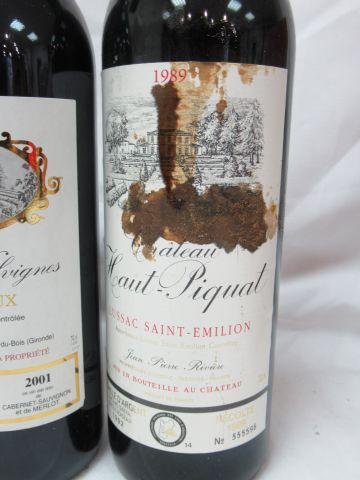 Batch of 3 bottles: 1 of Bordereaux Château Valvigne 2001, 1 of Saint Emilion Ch…