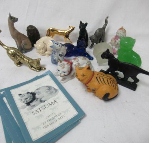 Set of cats in bronze, pewter, ceramic, resin, stone ... 4 11 cm