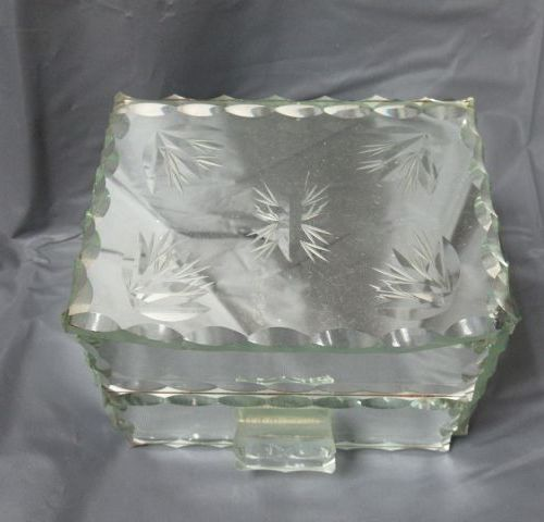 Jewelry box, Venetian work. 7 x 11 x 9 cm