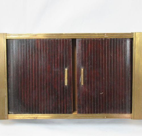 Veneered wood and metal box, opening by sliding curtain. 6 x 31 x 16 cm circa 19…