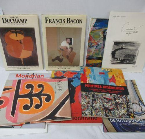 Lot de livres d'Art : Marcel Duchamp, Francis Bacon, Expressionisme, Klee … Si v…
