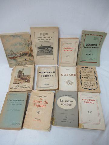 Lot de livres brochés dont NRF. Si vous ne pouvez pas vous déplacer, nous propos…